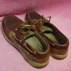 Sperry topsiders 7M  loved but plenty life
